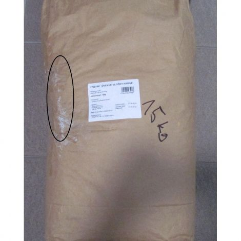 Poškozené Ovesné vločky krmné 15kg Emco 94